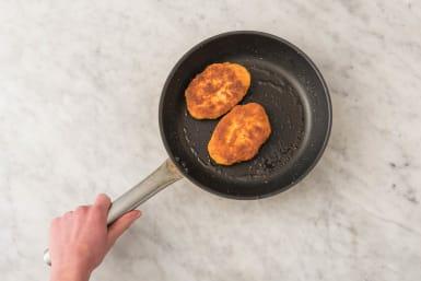 Vegetarische schnitzel bakken
