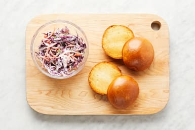 Make Slaw & Toast Buns