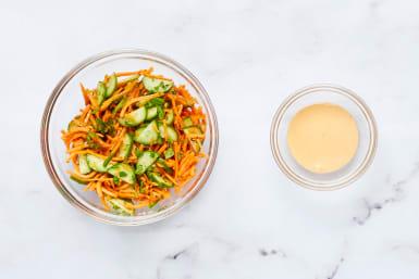 Mix Salad & Sriracha Mayo