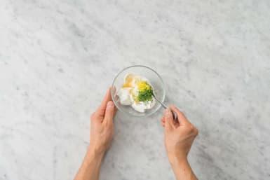 Make lemon yogurt
