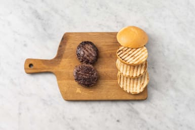 Grill patties and toast buns