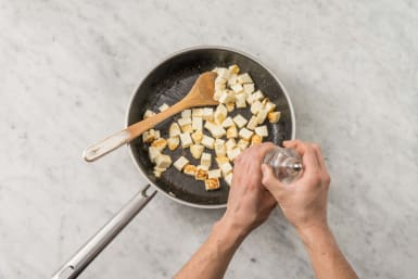 Cook paneer