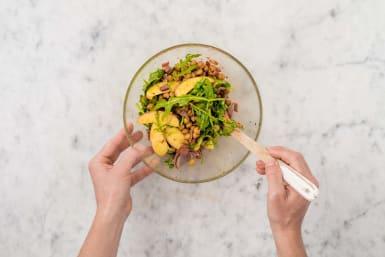 Salat mischen