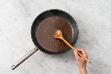 Opvarm BBQ-sauce