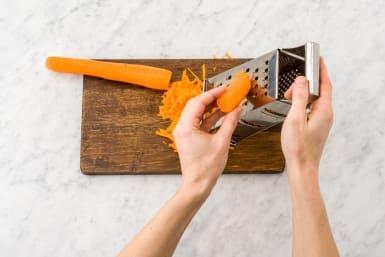 Karotten-Slaw vorbereiten