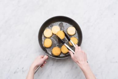 Make the polenta cakes