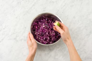 Combine the red cabbage, olive oil and the lemon juice