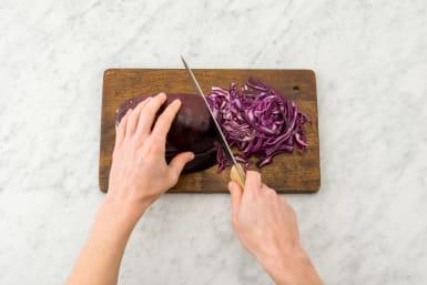 Prepare the red cabbage