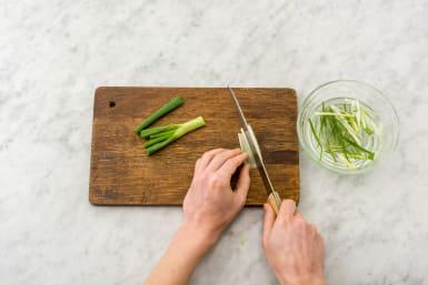 Slice the green onion