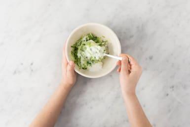 Joghurt Dip vorbereiten