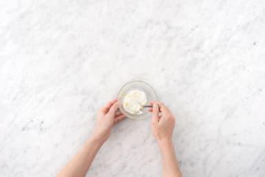 Make Yogurt Sauce