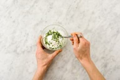Make the mint raita