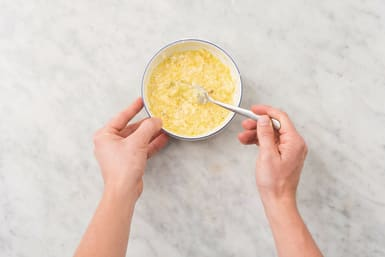 Make the carbonara sauce