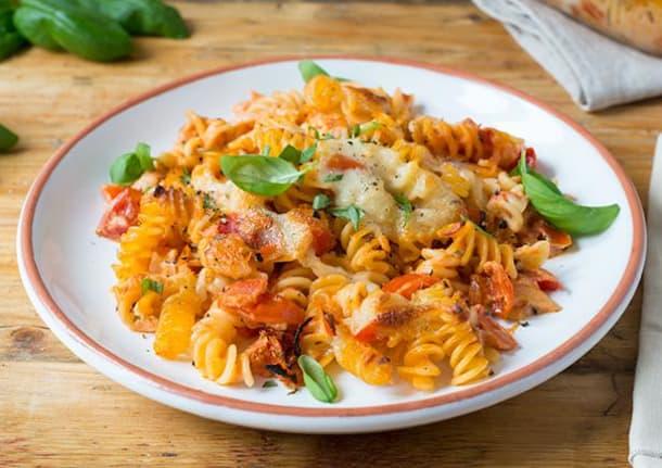Tomaten-Mascarpone-Pastaauflauf