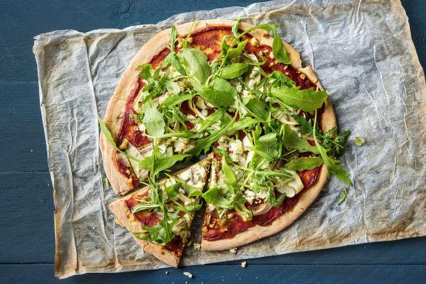 Vegetarian Recipes - Speedy Green Rocket & Pesto Pizza