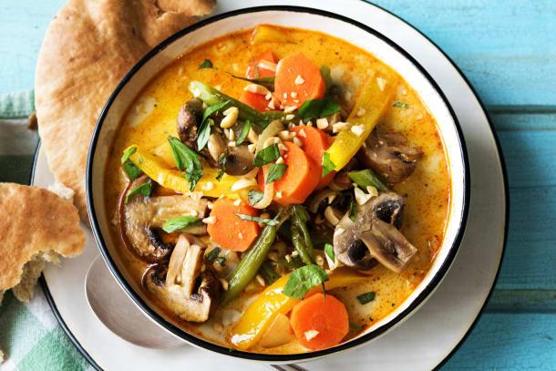 Gelbes Curry mit Gemüse,