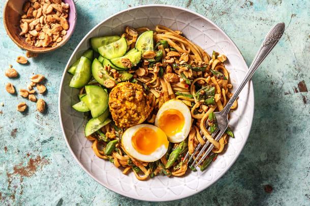 Indonesische roerbak met kerrie-ei