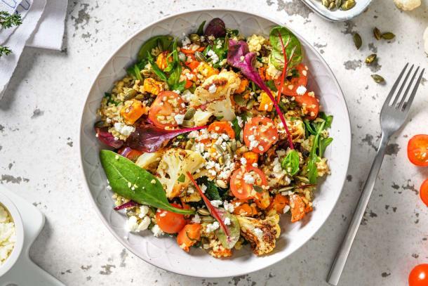 Salade orientale au boulgour, légumes au four et feta
