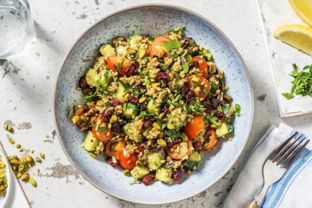 Tabouleh met tomaat, komkommer en pistachenoten