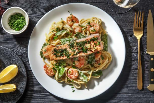 Garlicky Shrimp Linguine Alfredo