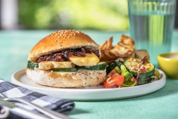 Halloumi-Burger mit Honig-Senf-Dip
