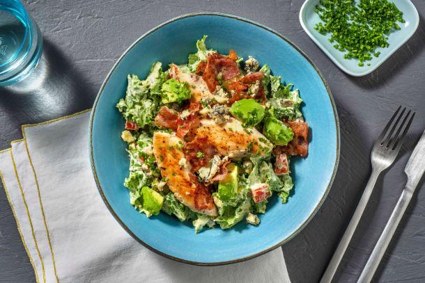 Salade Cobb : poulet, lard grillé & avocat