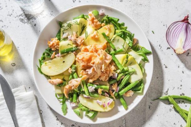 Lauwwarme krieltjessalade met zalmsnippers